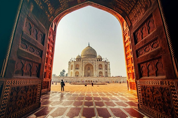 PRIVATE TAJ MAHAL + AGRA FORT TOUR by Train from DELHI